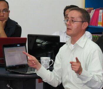 Docentes inician taller sobre Desarrollo del Pensamiento aplicado a las áreas académicas, consultor John Marín Magíster en Educación de la Universidad Javeriana