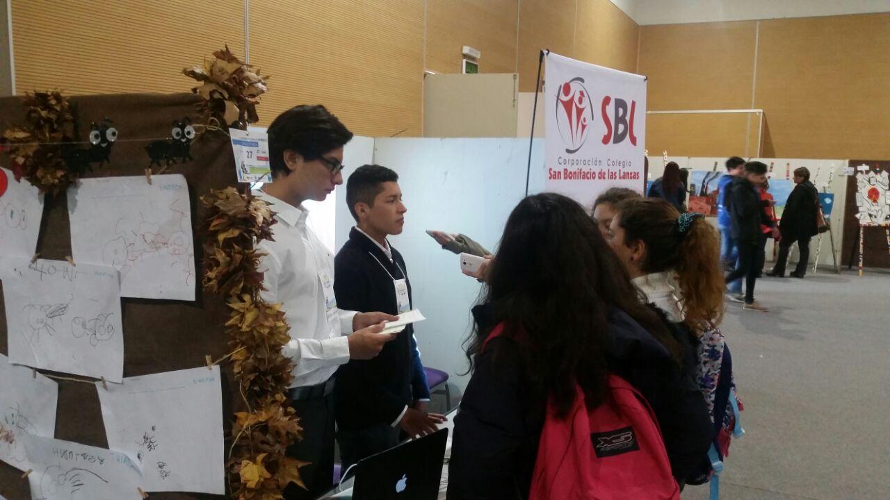 Estudiantes del San Bonifacio obtuvieron primer puesto en Feria de Investigación de Argentina.
