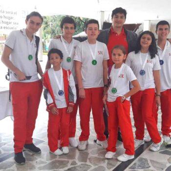 Estudiantes del 'Sanboni' alcanzaron lugares de privilegio  durante olimpiadas de ciencias del colegio Champagnat