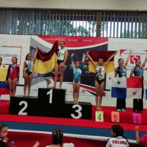 Estudiante del 'Sanboni' se vistió de oro durante sudamericano de gimnasia artística