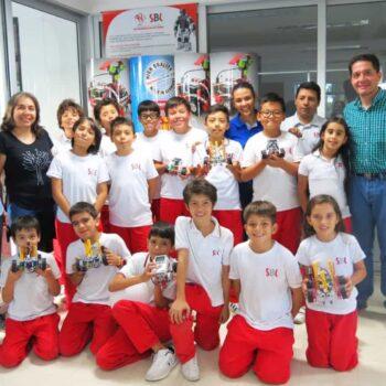 Estudiantes del 'Sanboni' en Semana de la Robótica de Medellín