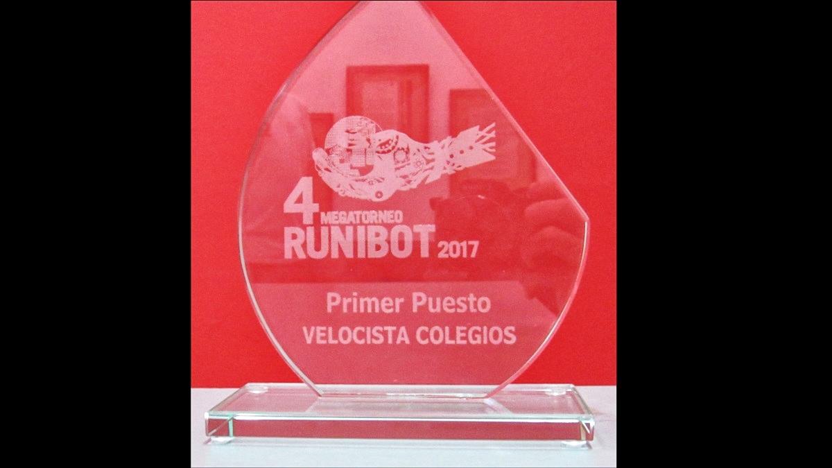Primer puesto en torneo de robótica