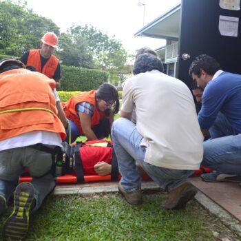 Simulacro evacuación 2016